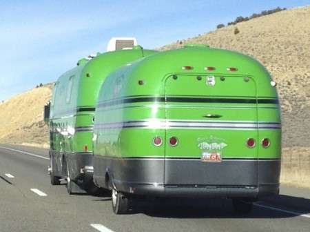 Lime-Green-Motorhome-and-Toy-Hauler-from-Starling-Travel-3-450x336