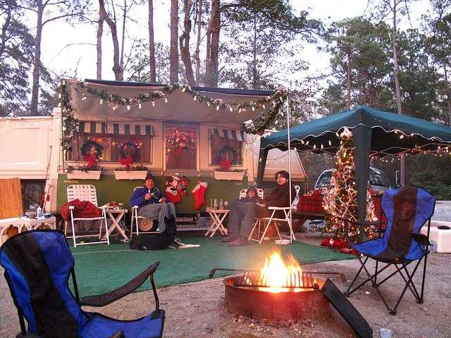 Camping Christmas In July Ideas.22 Awesome Holiday Decoration Ideas For Your Rv