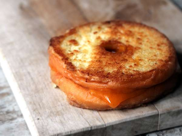 doughnut-grilled-cheese-whole