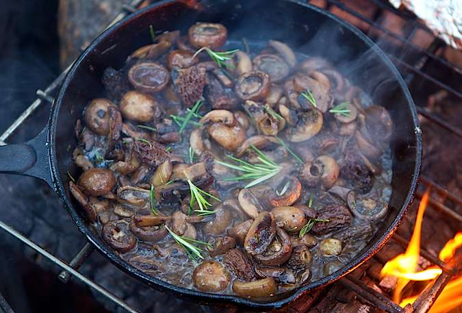 camping-recipes-dinner-cast-iron-skillet