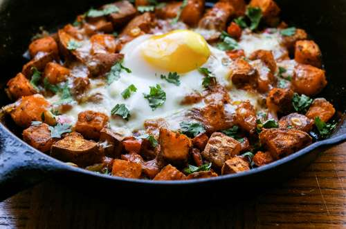 Mexican-sweet-potato-skillet-hash-2