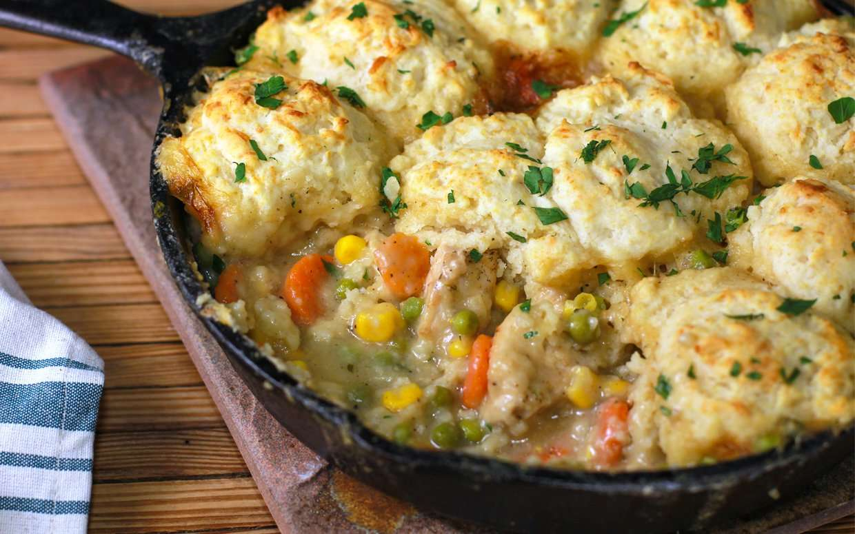 PARADE-one-skillet-chicken-pot-pie2