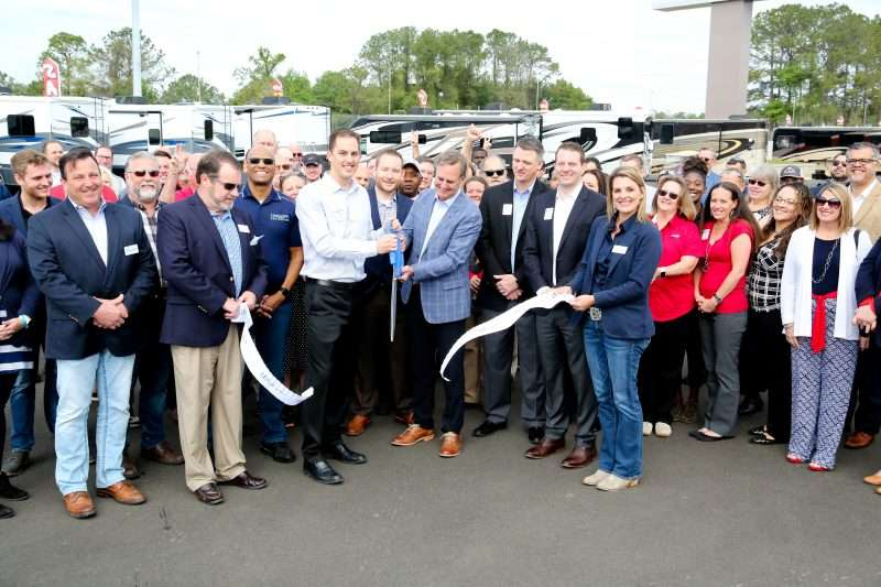 Ribbon cutting ceremony for General RV Ocala