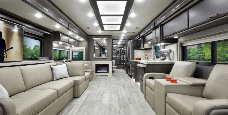 Enjoy sweeping views and space for the whole family in Thor's Venetian F42.