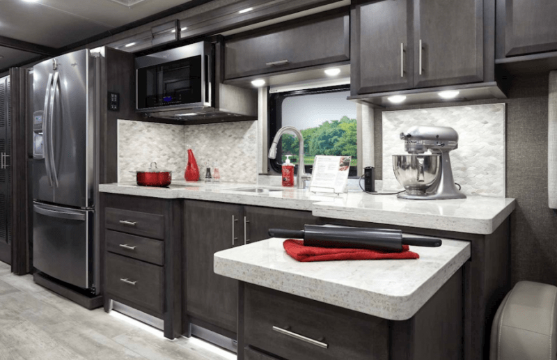 The kitchen of the Venetian F42 is perfect for any chef. In addition to residential amenities, a pull-out countertop adds extra workspace for meal prep.